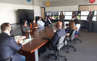 Misión de Transparencia Electoral fue recibida por el Registrador Electoral de Los Angeles, Dean Logan